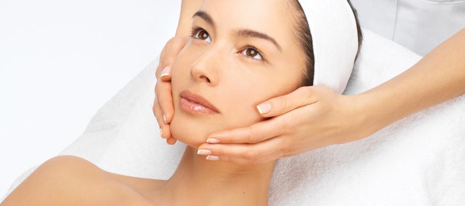 lång massage ansiktsbehandling